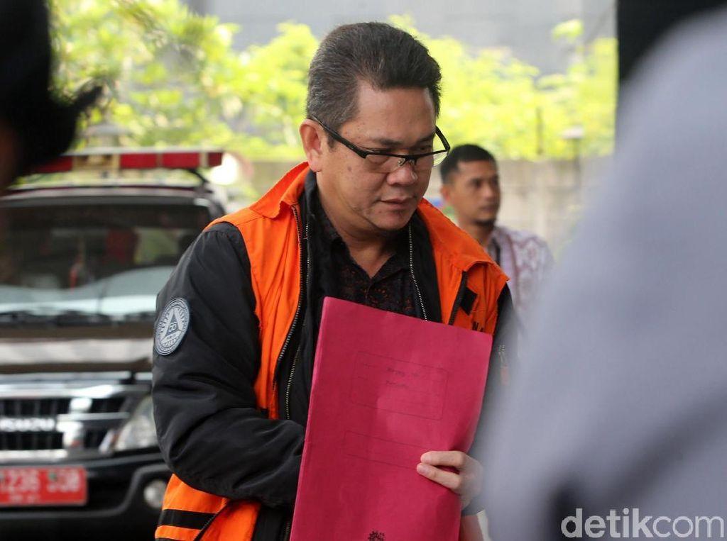 Eks Kepala Kantor Imigrasi Mataram Duduk di Kursi Pesakitan di Kasus Suap