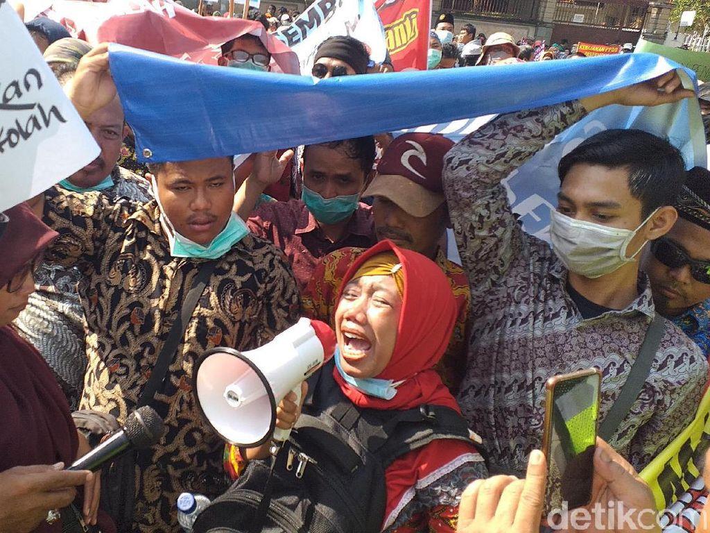 Guru Swasta di Surabaya Layangkan Surat ke Risma, Minta Kadispendik Diganti