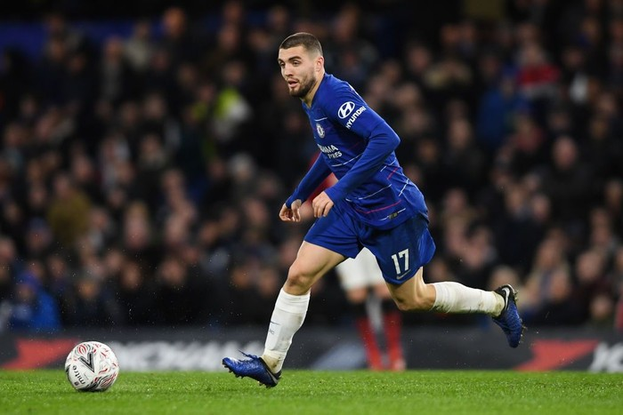 LONDON, ENGLAND - FEBRUARY 18: Mateo Kovacic of Chelsea in action during the FA Cup Fifth Round match between Chelsea and Manchester United at Stamford Bridge on February 18, 2019 in London, United Kingdom. (Photo by Mike Hewitt/Getty Images)