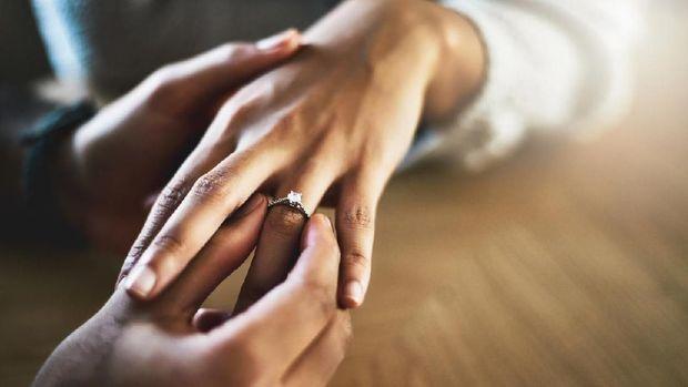 Ilustrasi menikah diam-diam