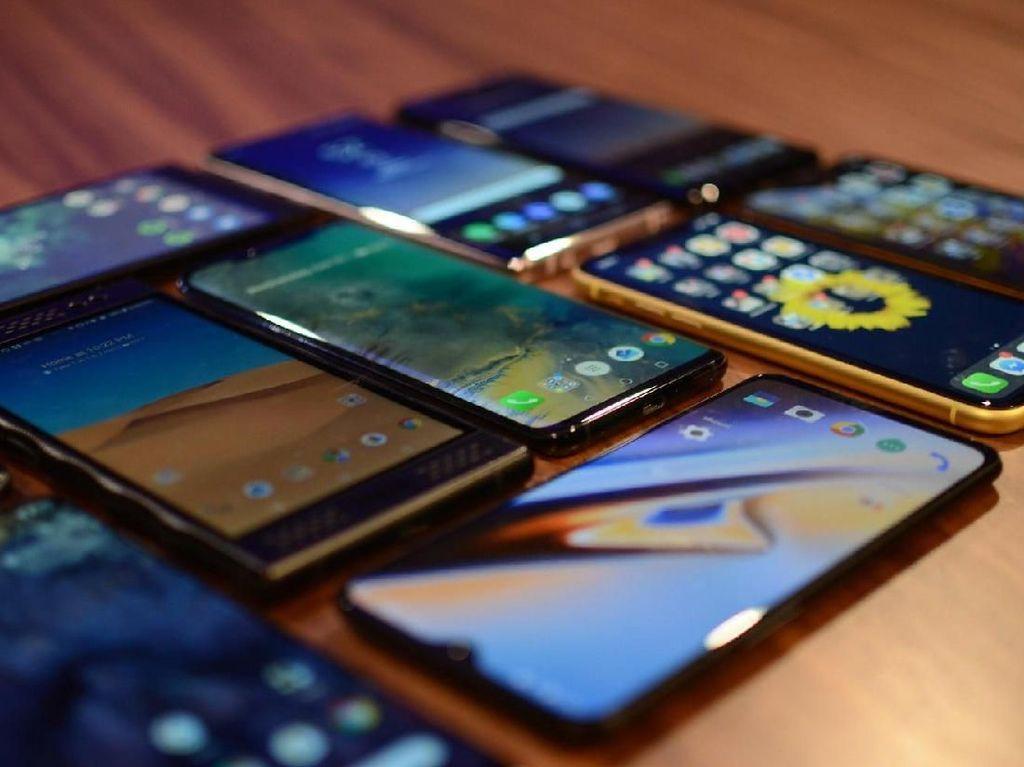 Suramnya Industri Ponsel Dihantam Corona