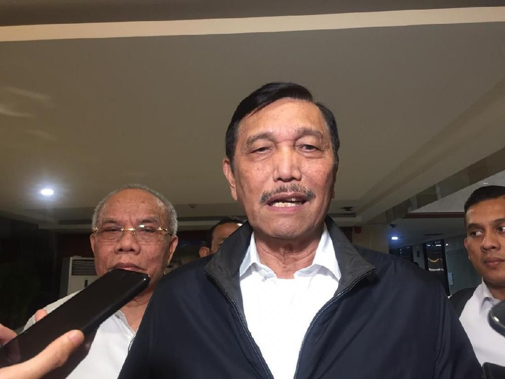 Luhut Sebut 40 Ha Lahan untuk Bandara Kediri Belum Dibebaskan