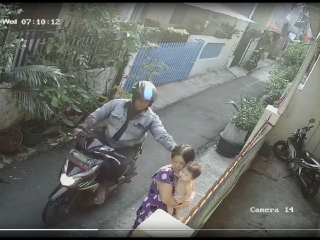 Polisi: Kalung Emas yang Dijambret dari Ibu Gendong Bayi Sudah Dilebur