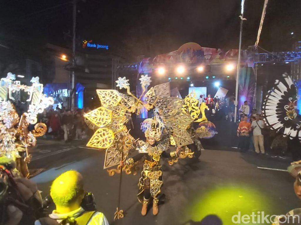 Potret Kemeriahan Semarang Night Carnival 2019