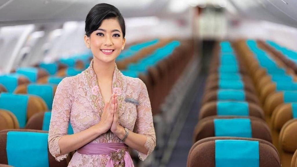 Foto: Cantiknya Para Pramugari Garuda Pakai Kebaya Anne Avantie
