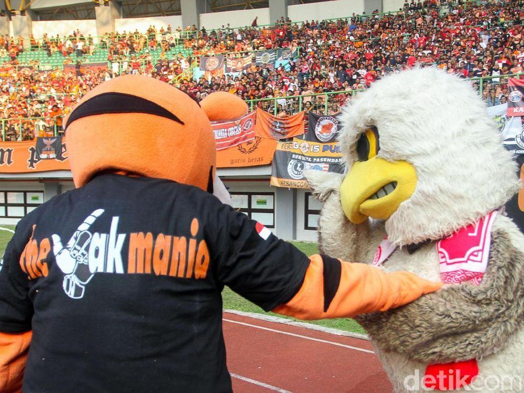 Stadion Patriot Berisik, Pemain PSS Sleman Kesulitan Komunikasi di Lapangan