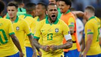 Gocekan Ciamik Dani Alves yang Lahirkan Gol Pertama Brasil