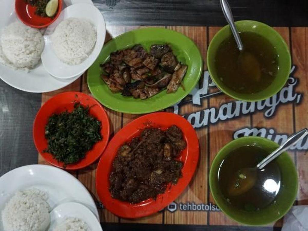 Kuliner Batak Nikmat di Ola Kisat