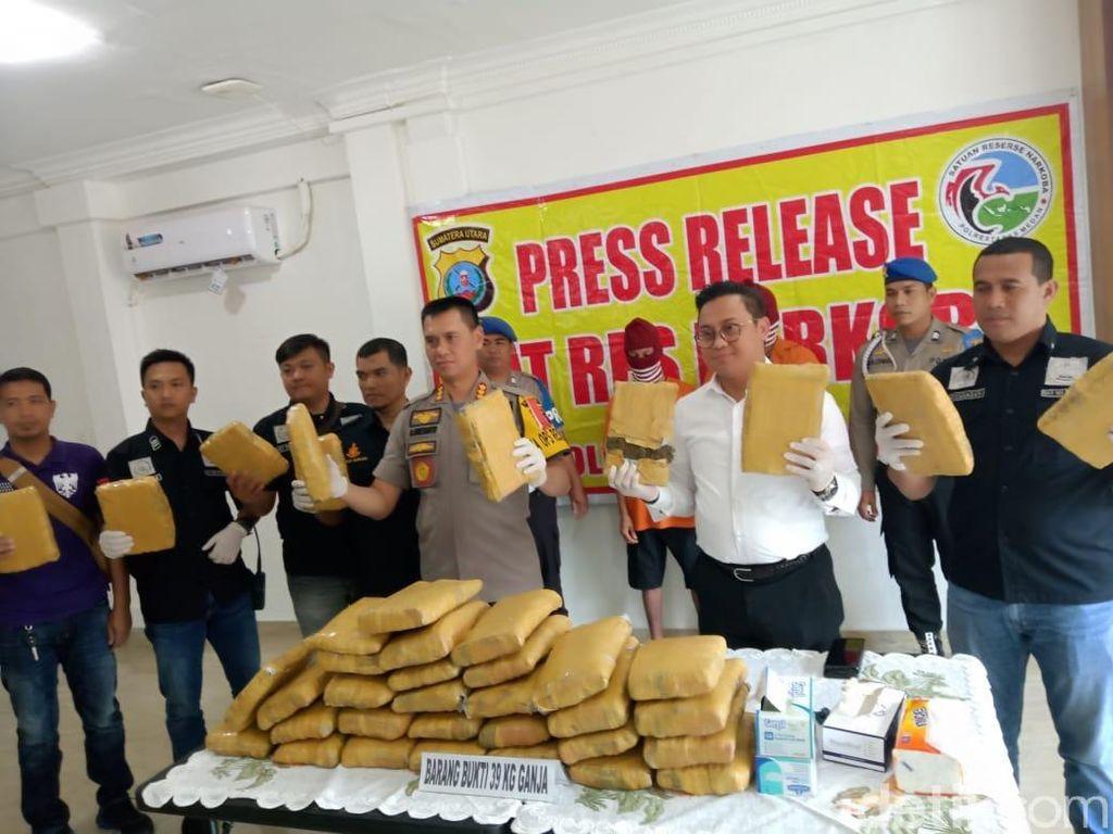 2 Kurir Ganja Asal Aceh Diringkus di Medan