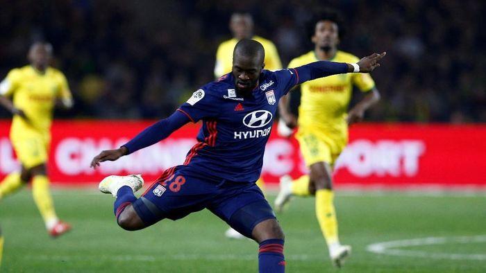 Tanguy Ndombele jadi rekrutan termahal Tottenham Hotspur. (Foto: Stephane Mahe/File Photo/Reuters)