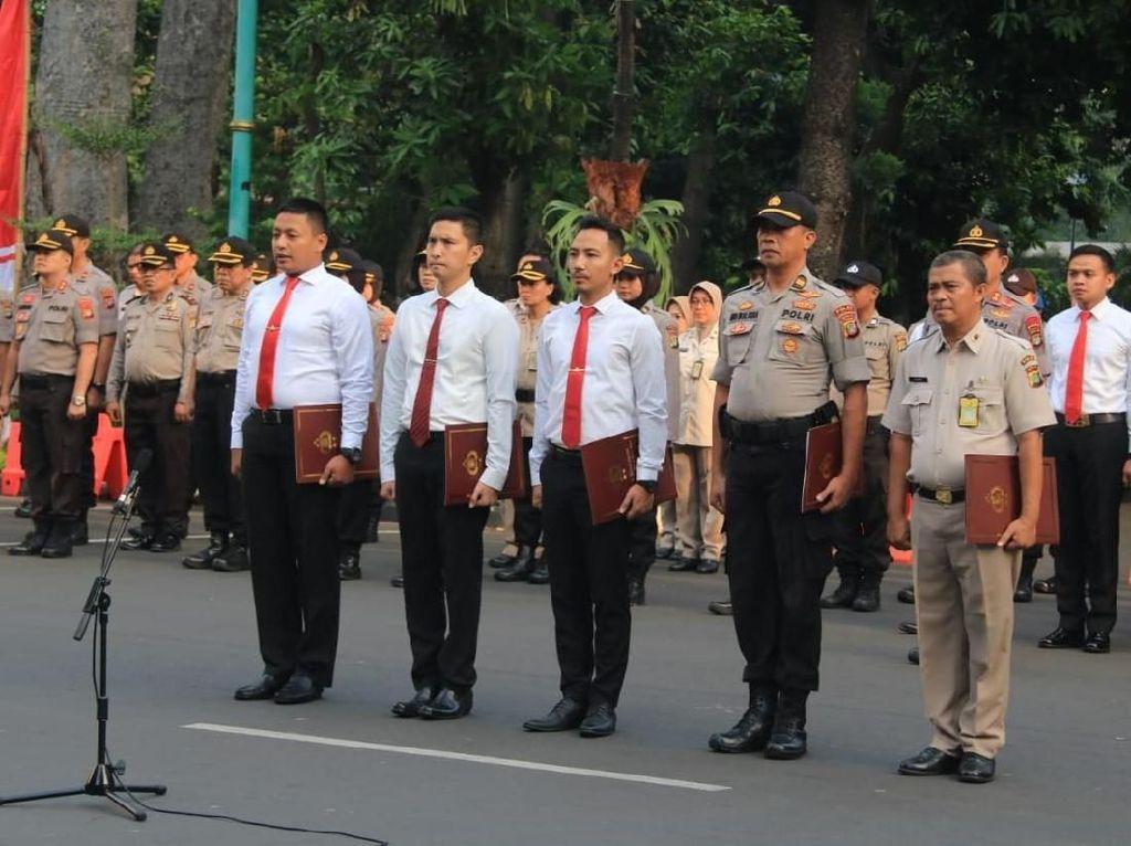 131 Polisi Berprestasi Diberi Award: Ungkap Jambret Dirjen PUPR-Pemalsu KTP
