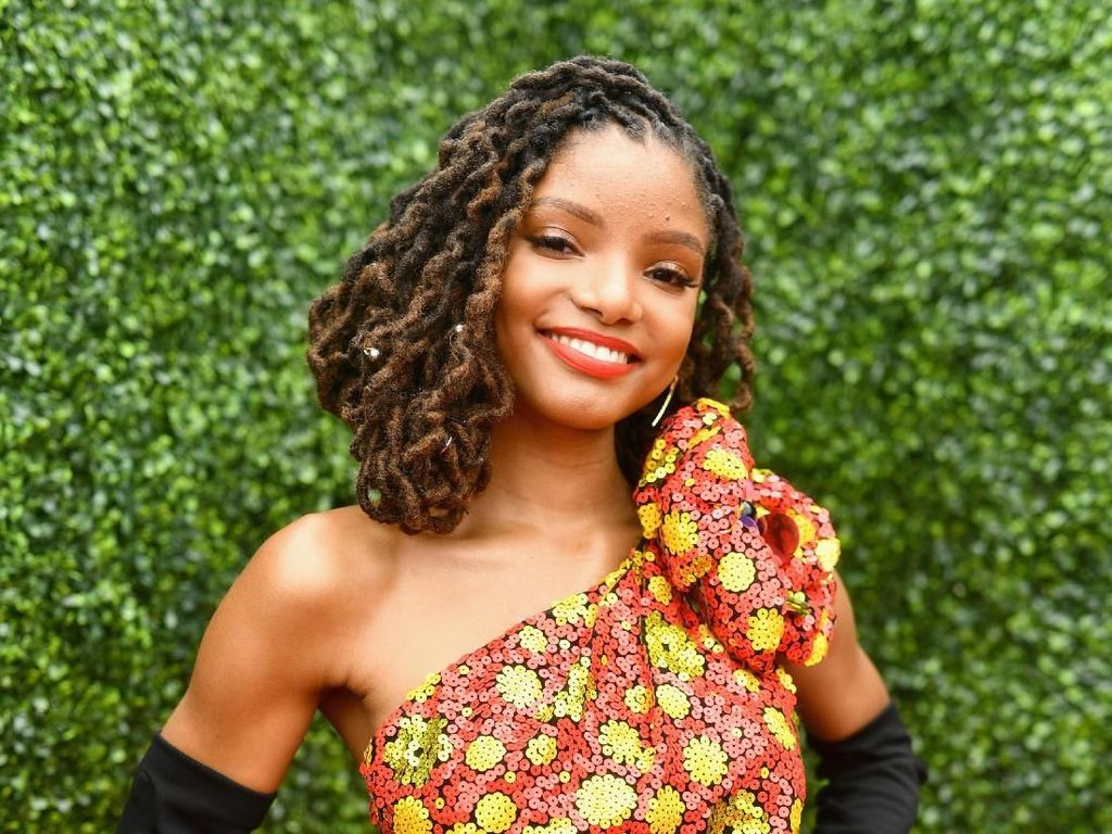 Didapuk Jadi Putri Ariel di The Little Mermaid, Siapa Halle Bailey?