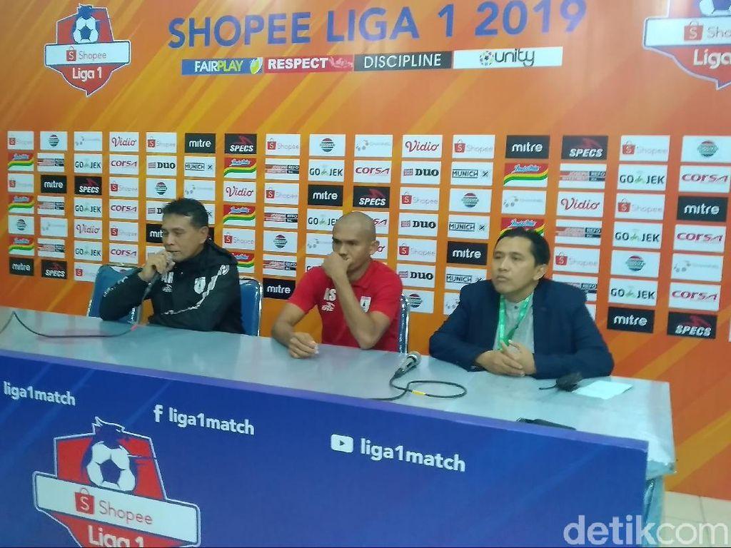 Persipura Keluhkan Kualitas Lapangan Stadion Gajayana