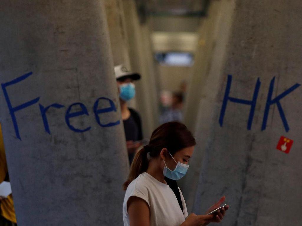 China dan Inggris Terlibat Perang Kata-kata Soal Hong Kong