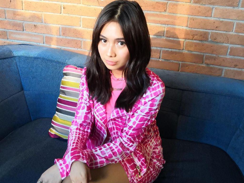 Switchblade Rangkum Keberanian NIKI Tinggalkan Jakarta Demi Karier