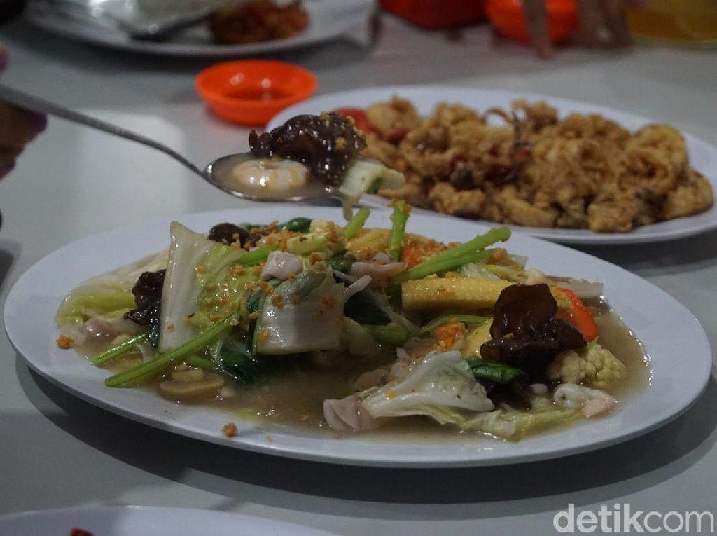 Makan Seafood Lezat di Belitung, Ini Rekomendasinya