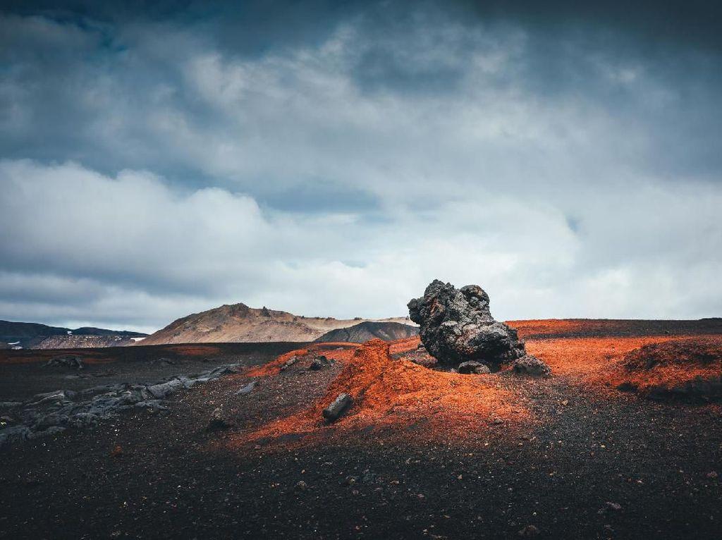 Foto: Daratan Bumi yang Mirip Seperti di Bulan