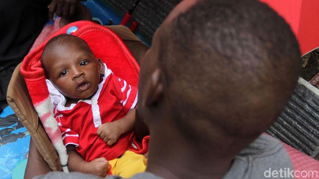 Begini Kondisi Anak-anak Pencari Suaka di Trotoar Jakpus