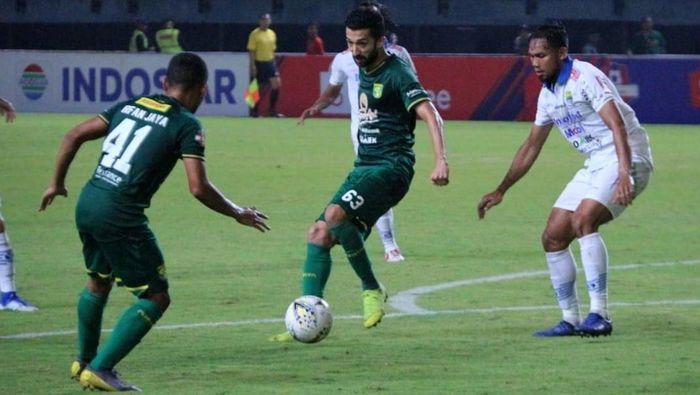 Persib Bandung digasak Persebaya Surabaya 0-4 di putaran pertama Liga 1 2019. (Foto: Istimewa)