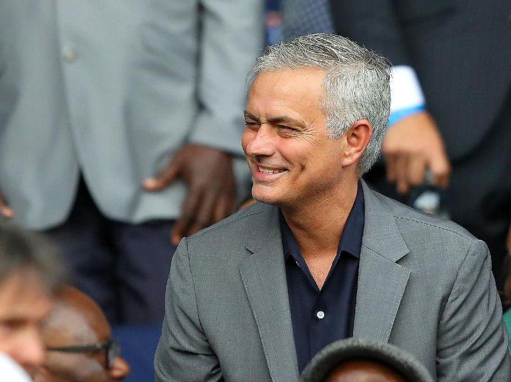 Mourinho: Melatih di Serie A Lagi? Memungkinkan