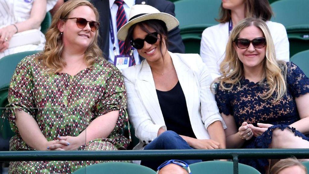 Cuti Melahirkan, Meghan Markle Dukung Serena Williams di Wimbledon 2019