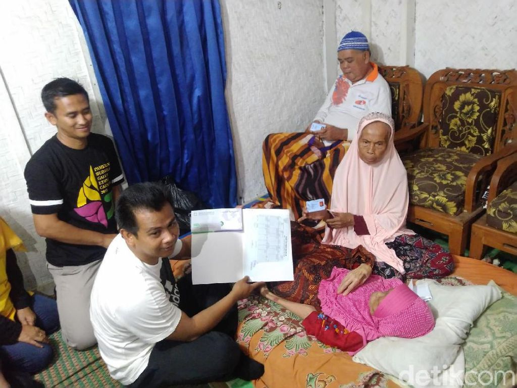Pemkab Ciamis Akhirnya Bantu Sepasang Lansia Lumpuh di Beregbeg