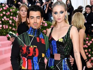 Nama Anak Sophie Turner-Joe Jonas Diambil dari Karakter GOT