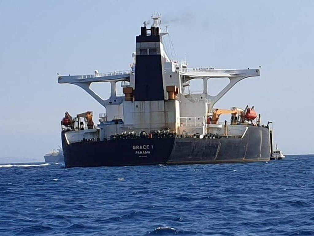 Kapal Tankernya Disita Marinir Inggris di Gibraltar, Iran Protes