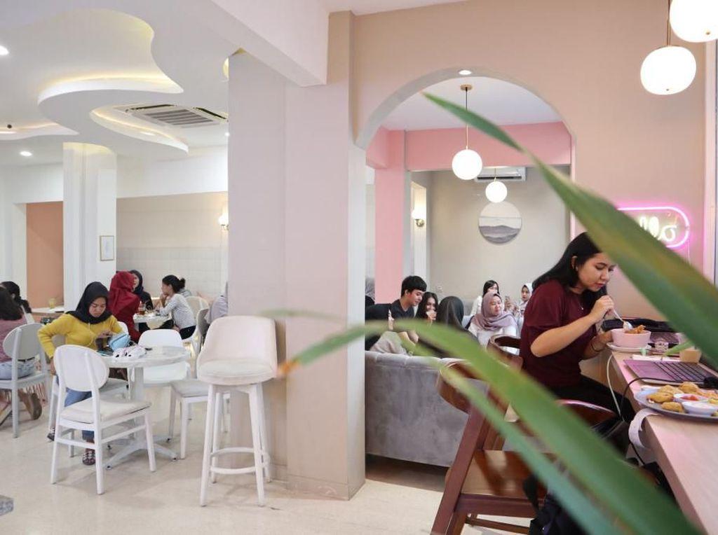 Kalau ke Bogor Bisa Ngopi dan Hunting Foto di 5 Kafe Cantik Ini