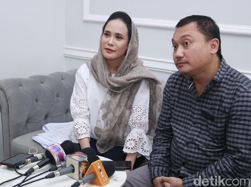 Martin Pratiwi Bantah Terima Transferan Tiap Bulan dari Ashanty