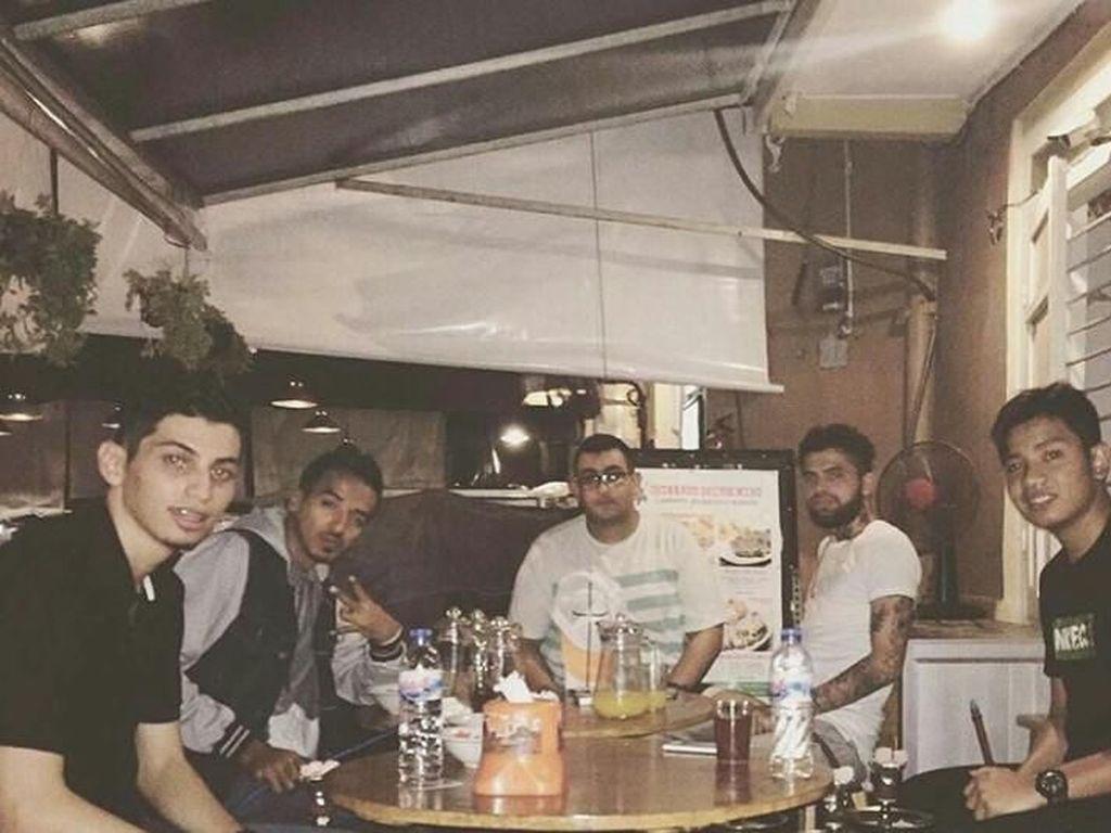 Selain Doyan Makan Diego Michiels Juga Suka Nongkrong di Kafe