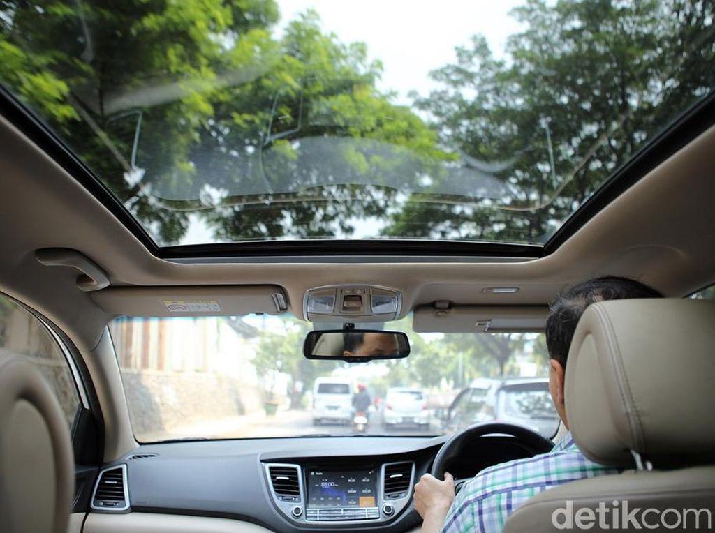 Fungsi Sebenarnya Panoramic Sunroof di Mobil detikers