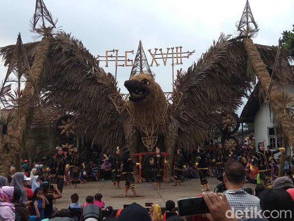 Kemeriahan Festival Lima Gunung di Magelang