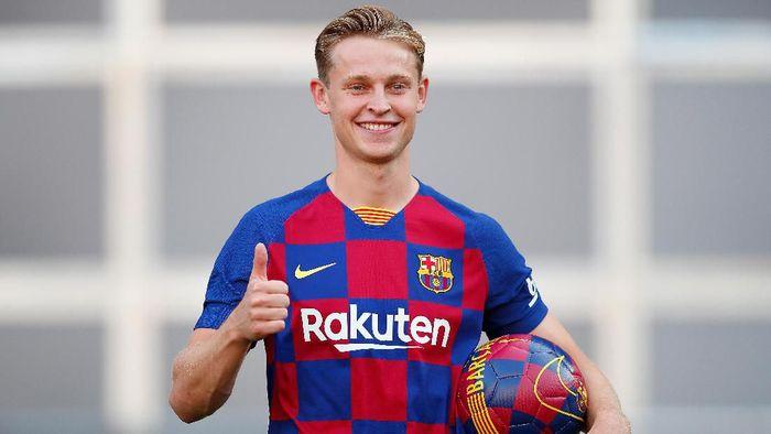 Selamat Datang di Barcelona, De Jong!