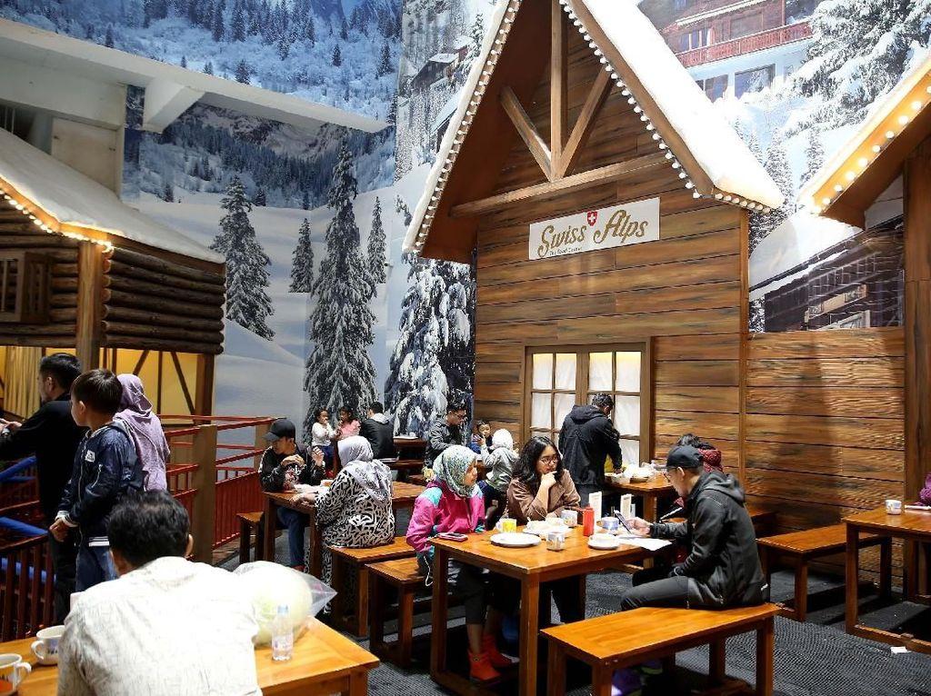 Swiss Alp: Nikmatnya Seruput Cokelat Panas di Tengah Salju Bekasi