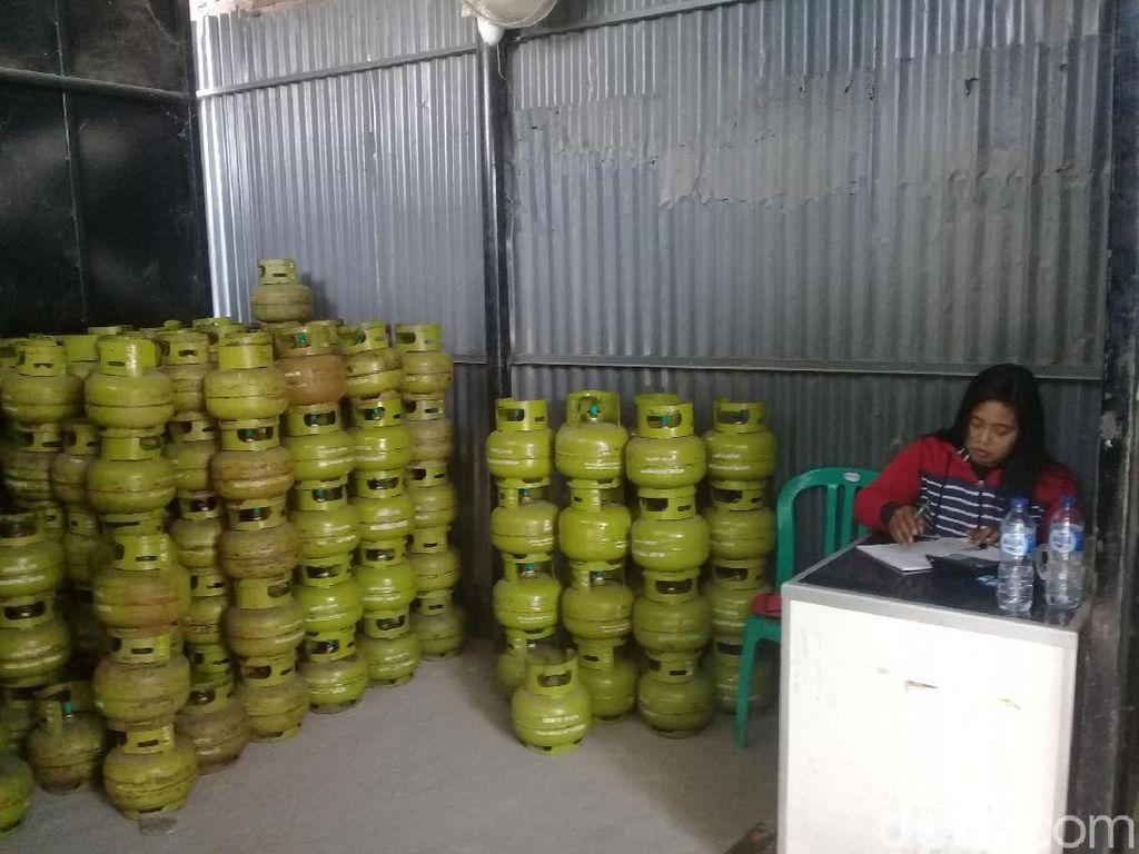 Elpiji 3 kg Juga Langka di Ngawi, Kiriman dari Pangkalan Ludes Diserbu