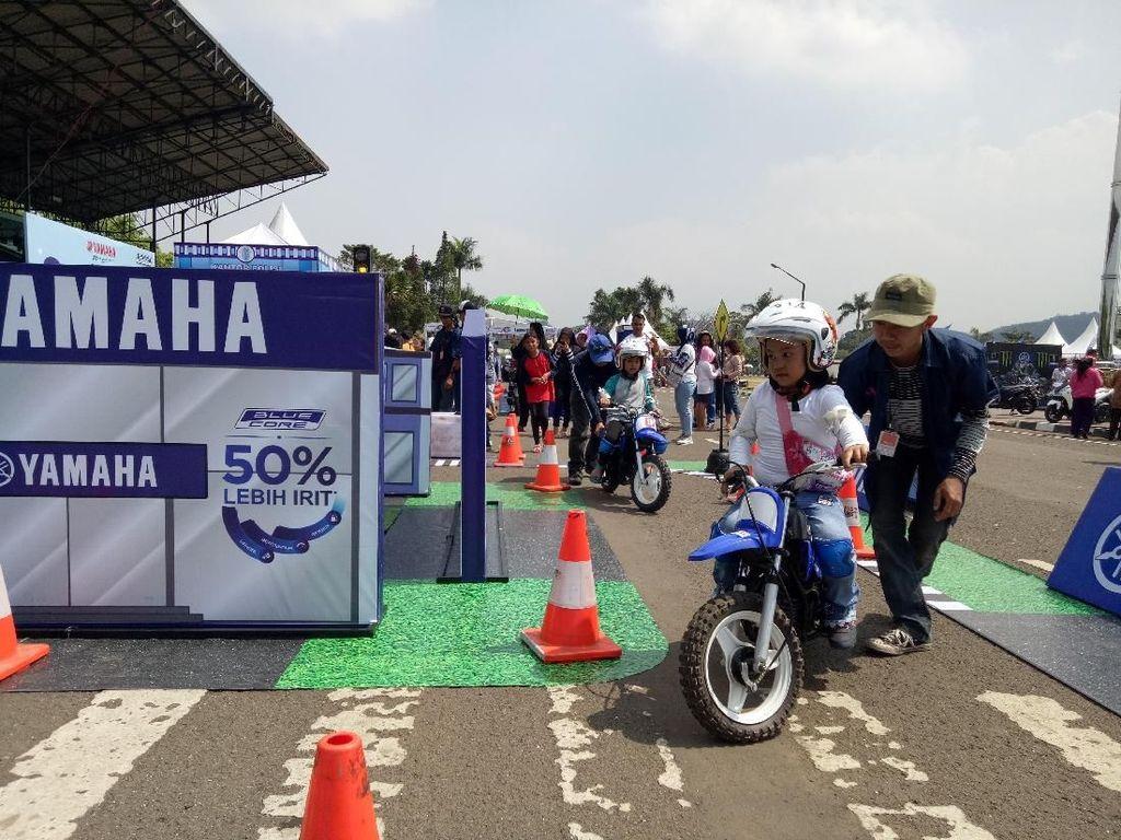 Mengedukasi Anak-anak Safety Riding di BYMS Cimahi, Dapat SIM C Lho