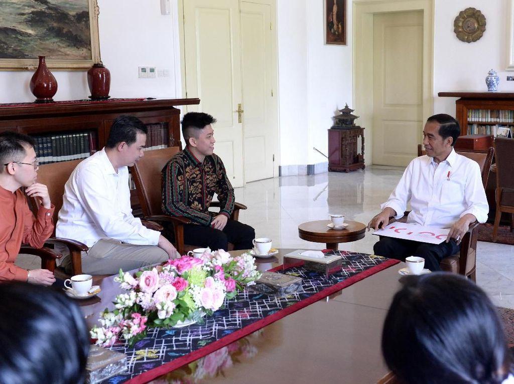 Jokowi Puji Rich Brian: Anak Muda Indonesia yang Membanggakan