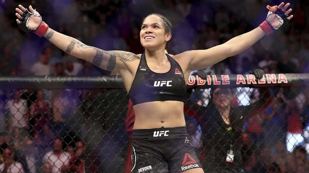 LAS VEGAS, NEVADA - JULY 06: Amanda Nunes of Brazil reacts after defeating Holly Holm of the United States during their UFC Womens Bantamweight Title bout at T-Mobile Arena on July 06, 2019 in Las Vegas, Nevada.   Sean M. Haffey/Getty Images/AFP
