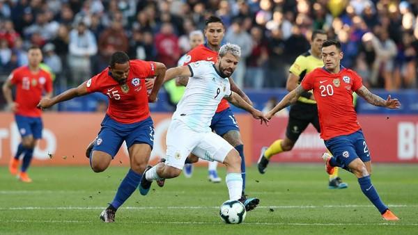 Argentina mengalahkan Chile di perebutan tempat ketiga Copa America 2019. (Foto: Alexandre Schneider/Getty Images)