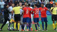Messi Kartu Merah, Argentina Ungguli Chile di Babak Pertama