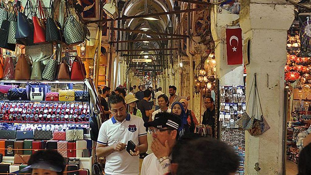 Berusia Ratusan Tahun, Ini Pasar Tertua di Dunia
