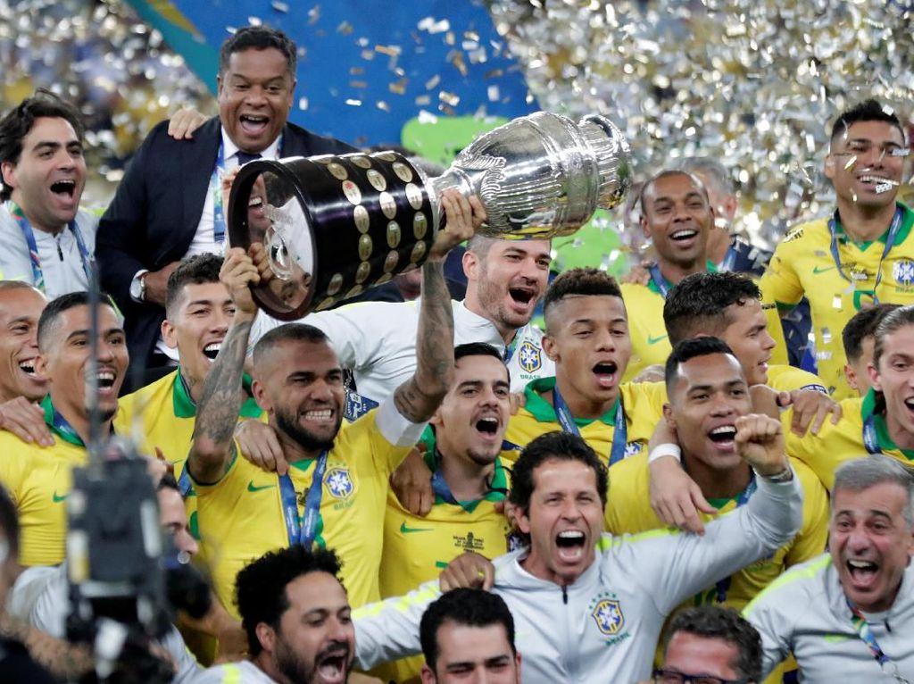 Pesta Juara Samba di Maracana