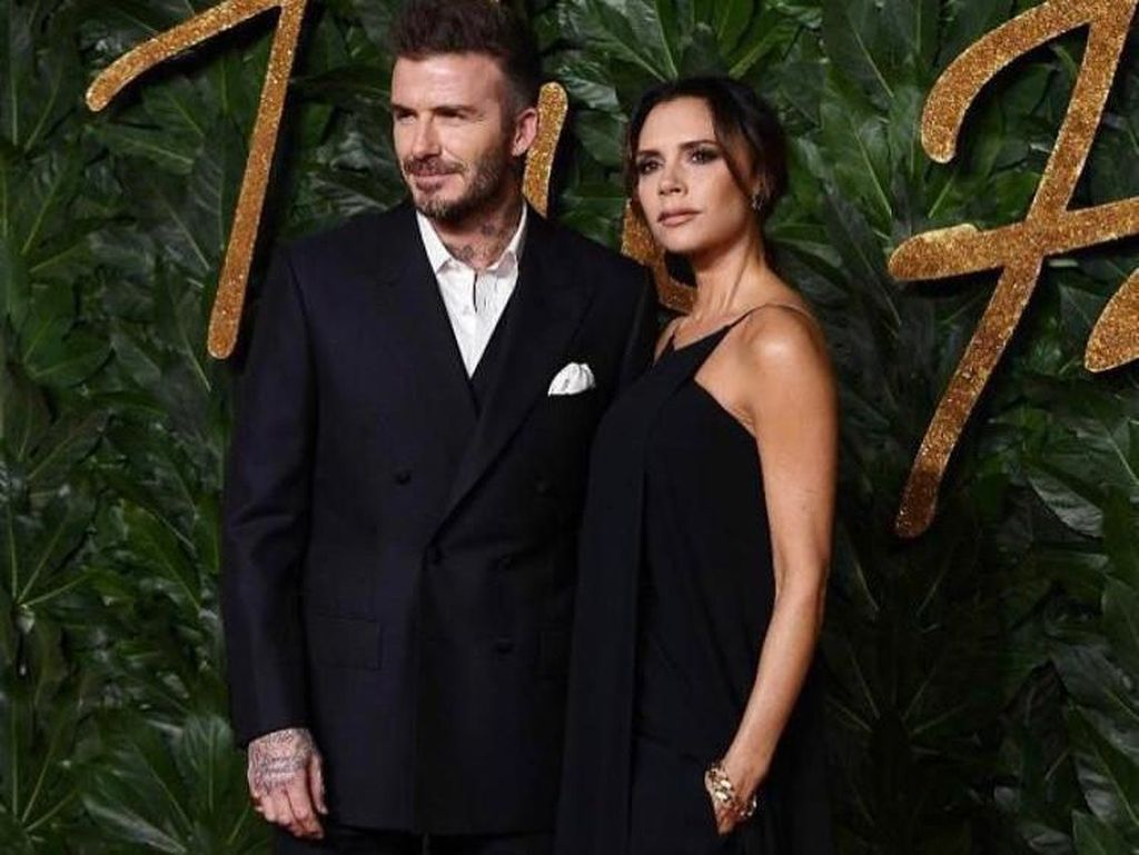 Ashiaaap! Victoria Beckham Tutup Channel Youtube