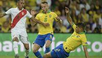 Tite: Hand Ball Thiago Silva Bukan Penalti