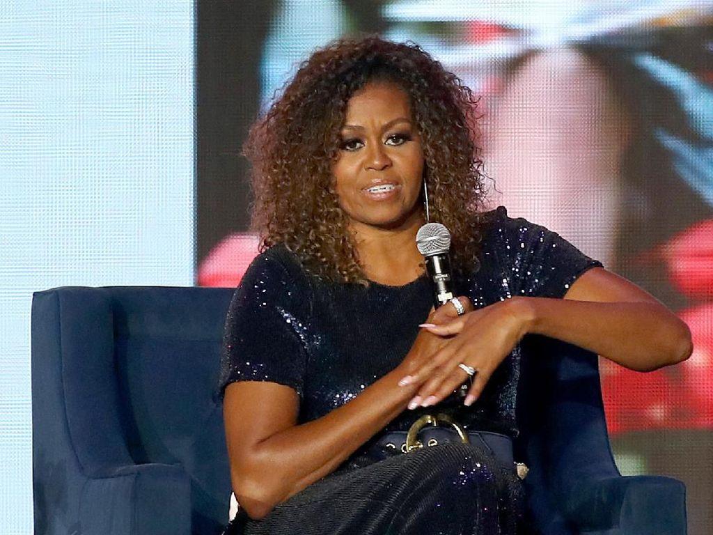 Memoar Michelle Obama Terjual Lebih dari 11,5 Juta Eksemplar