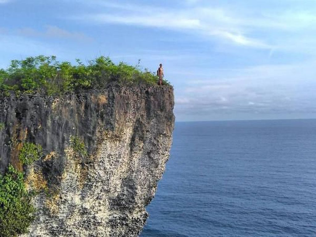 Menjelajah Indahnya Pantai-pantai di Bali
