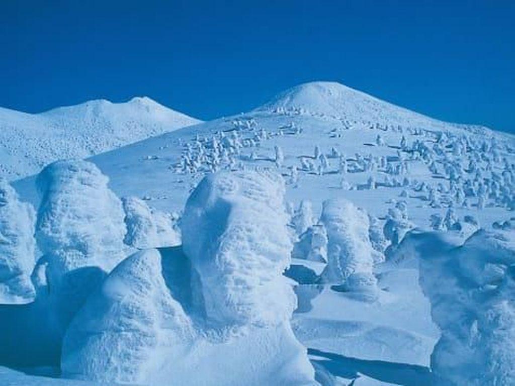 Ngeri! 12,5 Miliar Ton Es di Greenland Mencair Dalam Sehari