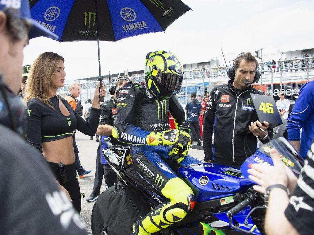 Rossi Akhirnya Bisa Finis, tapi Penderitaannya Belum Berakhir