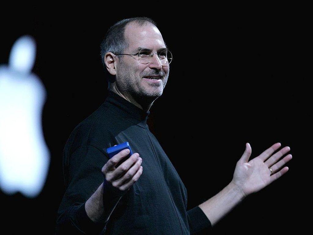 Bill Gates Ungkap Jampi-jampi Steve Jobs